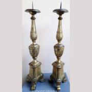 Antiquares-Coppia-di-candelieri-1