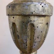 Antiquares-Coppia-di-candelieri-25