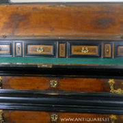 Antiquares-Cassettone-Romano-10
