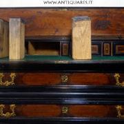 Antiquares-Cassettone-Romano-11