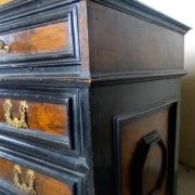 Antiquares-Cassettone-Romano-30