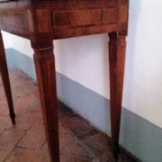 Antiquares-Tavolini-Luigi-XVI-33